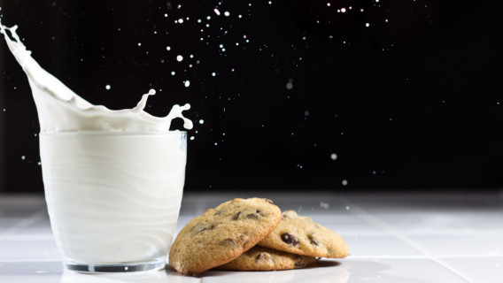 cookies_and_milk